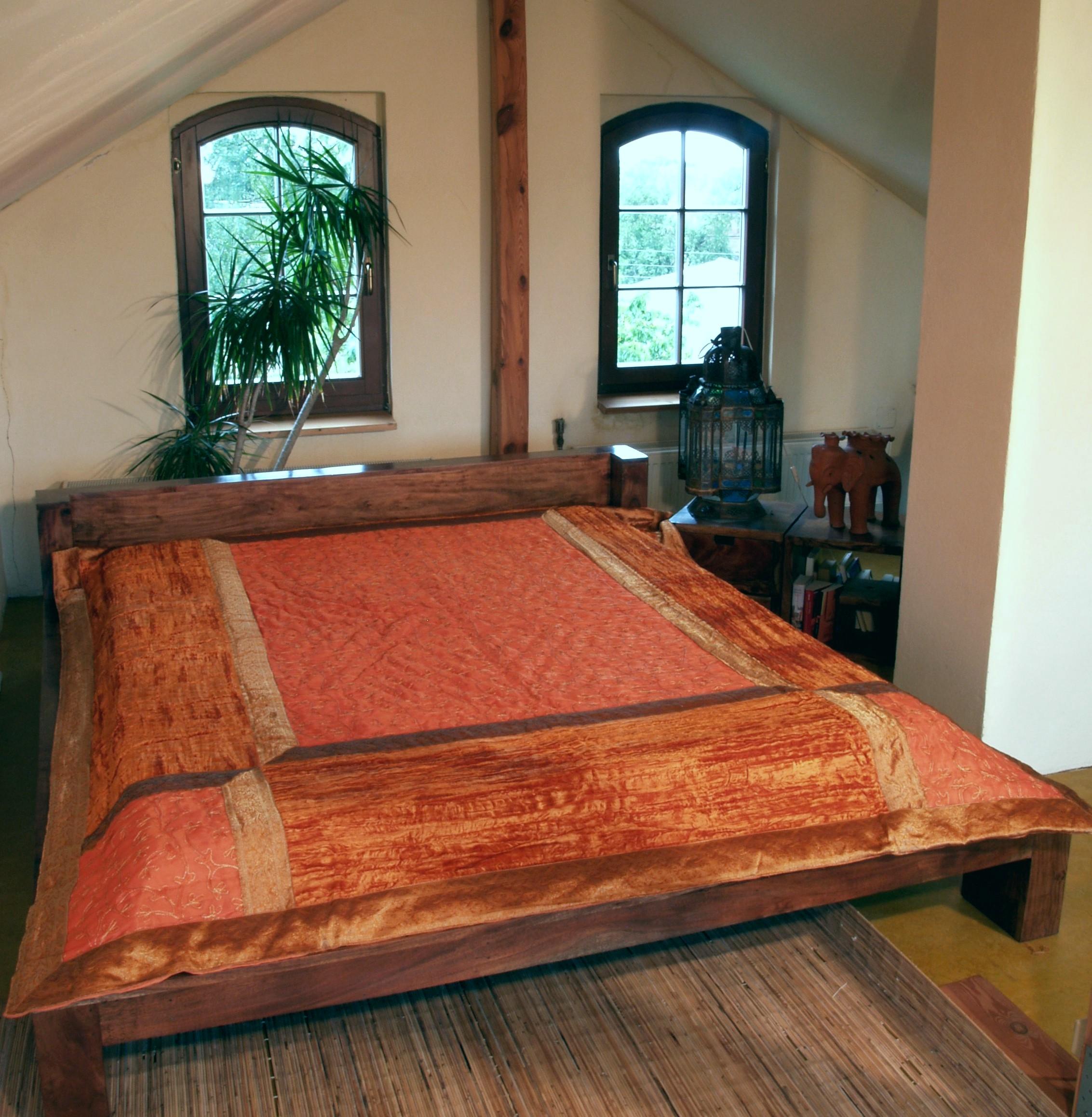 tagesdecken onlineshop. Black Bedroom Furniture Sets. Home Design Ideas