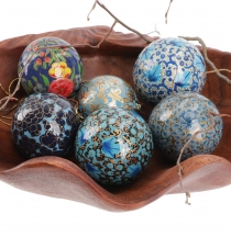 Upcyceling Christmas baubles set of papier mache, handpainted Chr..