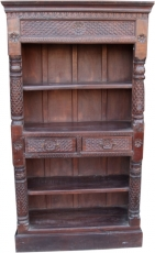 Lavishly decorated bookshelf in vintage look - Model 1