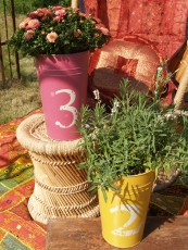 Decorative bucket, metal planter - small
