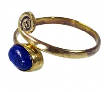 Brass toe ring, Goa jewellery with lapis lazulite - gold